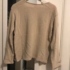 Zara Sweaters - Cream Zara V-Neck Sweater